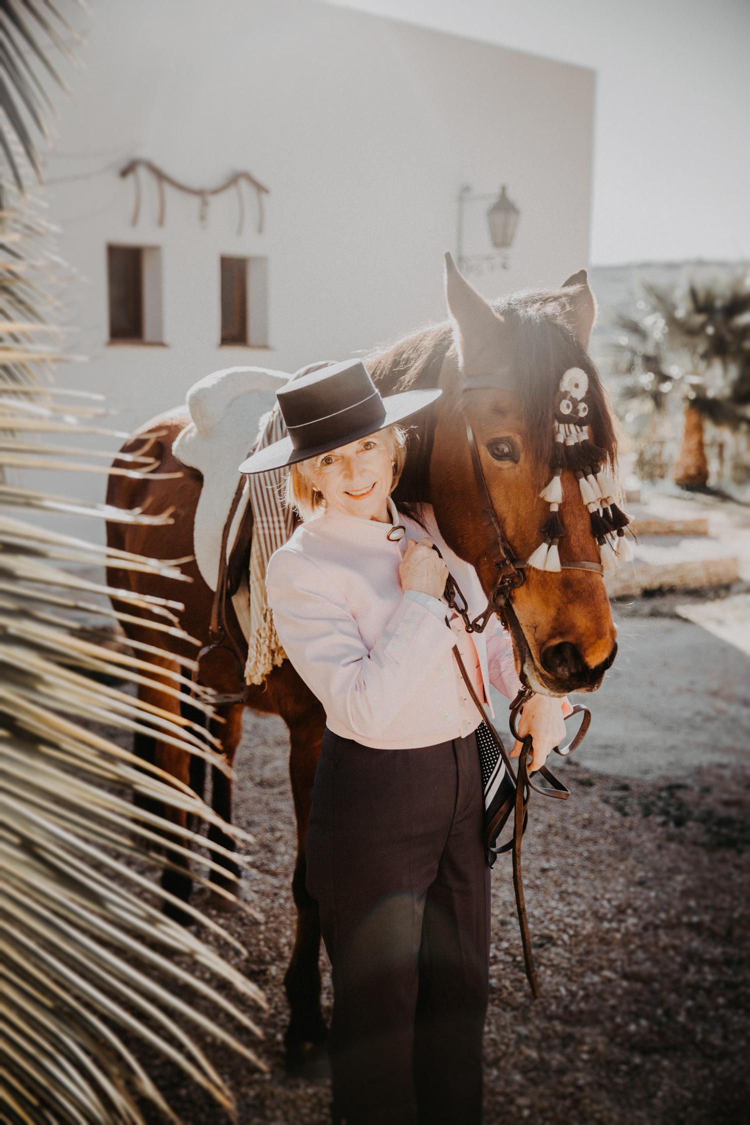 Pferdefotografin Pferdeshooting Pferdefotos Pferdefotografie Workshop Coaching Kurs Bildbearbeitung Photoshop Lightroom Schweiz Tabitha Roth Andalusien Fototour Spanien